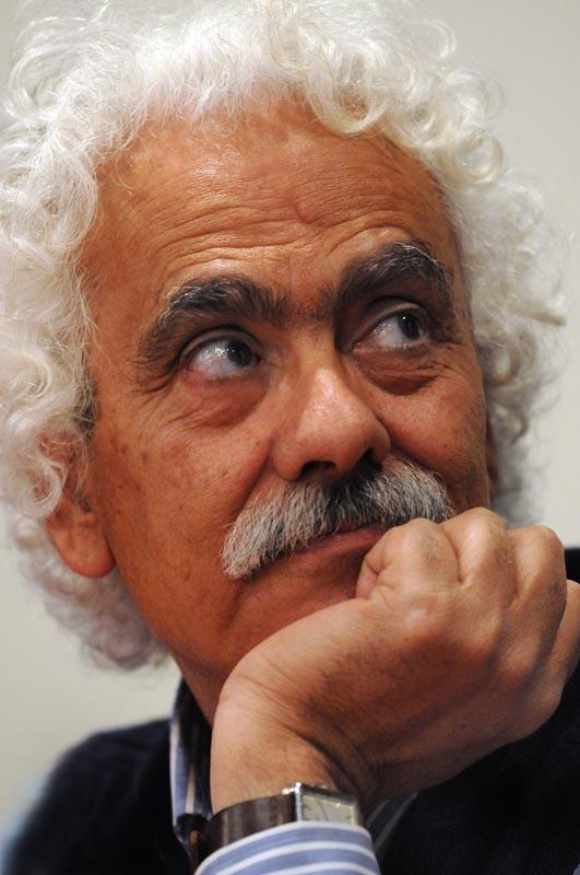 Zakaria-Mohammed_feria-del-libro_sala-Leopoldo-Lugones_-5-de-mayo-28